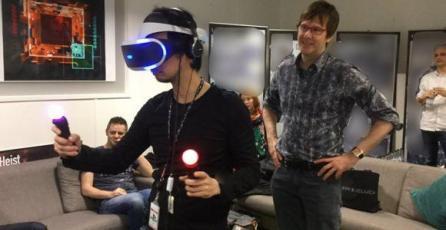 Hideo Kojima prueba la realidad virtual