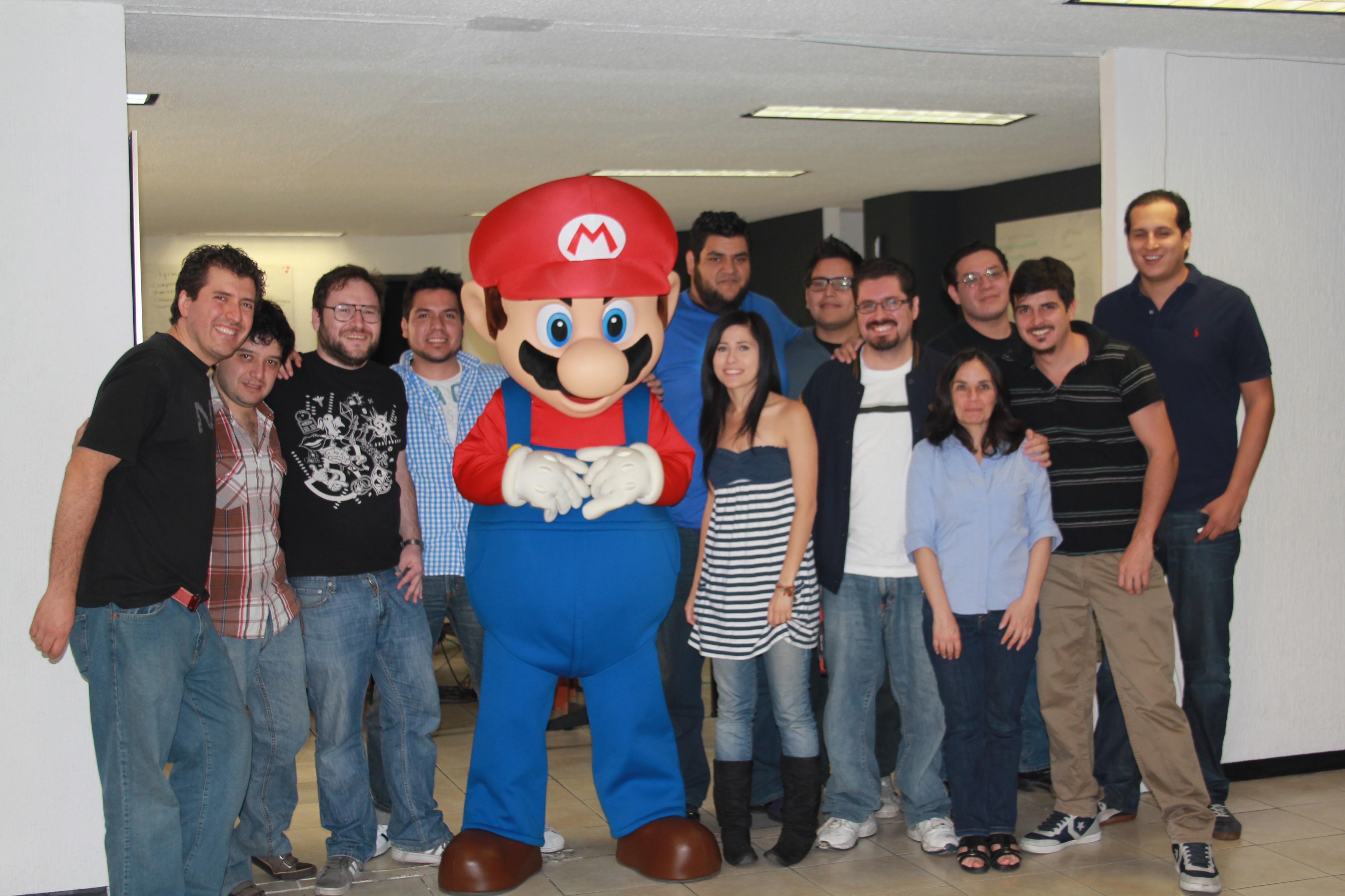 Mario Bros. de visita en las antiguas oficinas de Level Up