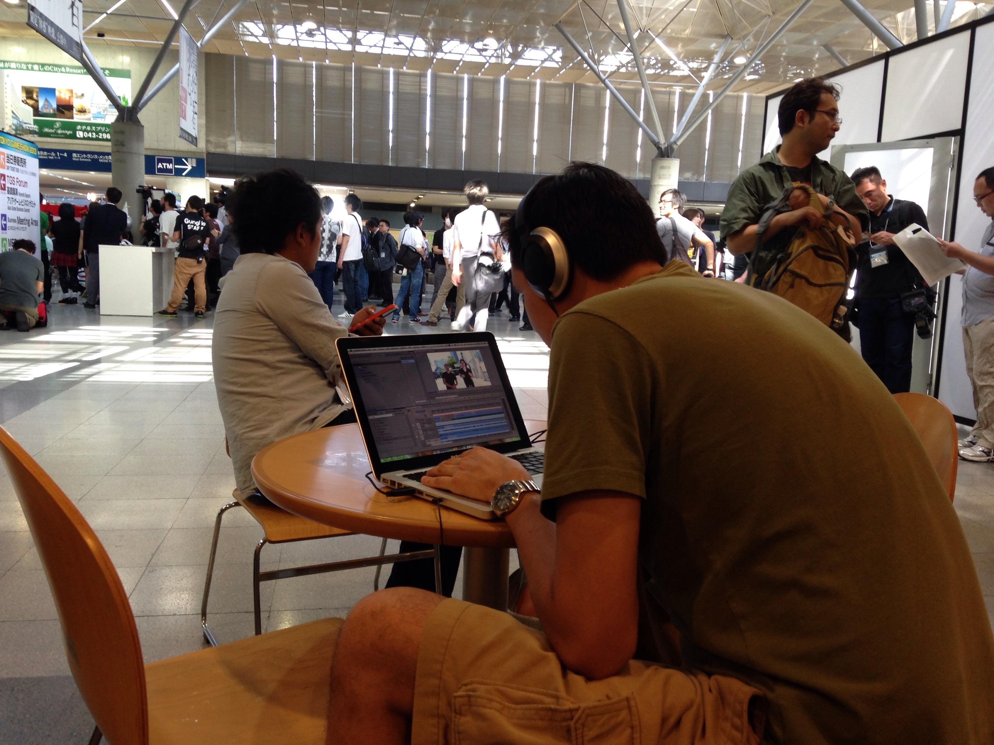 """Gargamel editando en """"Modo Bestia"""" durante el TGS"""