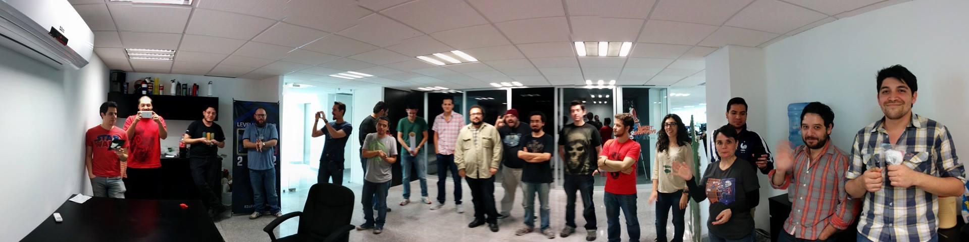 El Staff en una nueva oficina