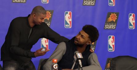 Escucha a los comentaristas de <em>NBA 2K17</em> en este video