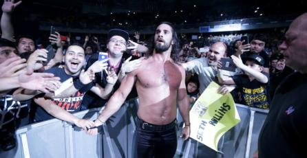 WWE Live Santiago: Firma de Seth Rollins fue interrumpida tras disturbios