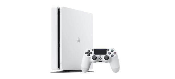 PS4 Glacier White debuta en Japón con buenas ventas