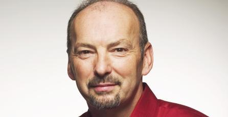 Peter Moore explica qué fue lo que lo llevó a dejar SEGA