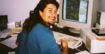 John Romero está subastando una copia personal de <em>DOOM II</em>