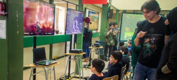 """Comunidad ETC celebró """"Día Gamer"""" con los niños del Hospital Calvo Mackenna"""