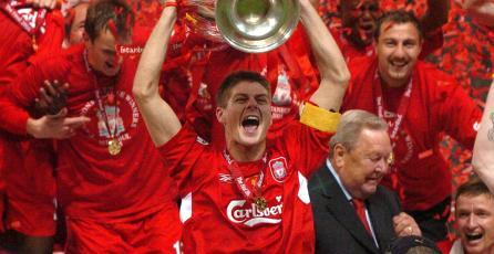 Podrás usar a Gerrard y otras leyendas del Liverpool F.C. en <em>PES 2018</em>