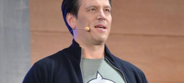 Spencer: cross-play entre PS4 y Xbox One tal vez nunca ocurra