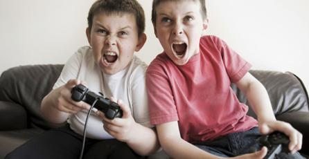 Estudio descarta que los jugadores aprendan de videojuegos con violencia realista