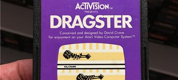 Venden cartucho de <em>Dragster</em> por $830 USD
