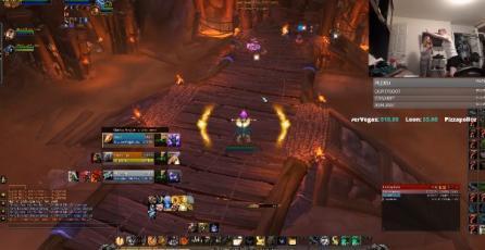 Jugador de <em>Warcraft</em> recibe en pleno stream carta de desalojo de su madre