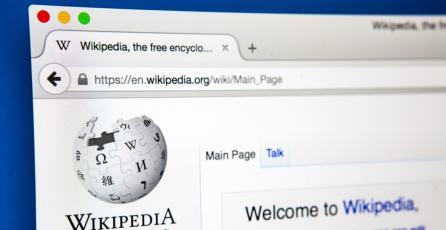 Cierran Wikipedia como protesta por nueva legislación de derechos de autor