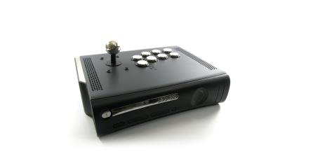Transforman un Xbox 360 en un arcade stick para PS4