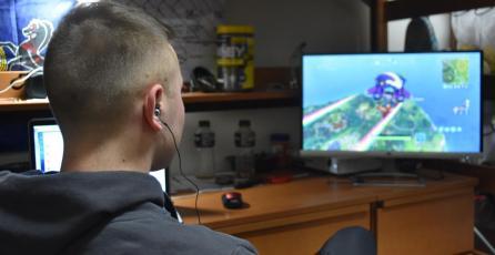 Padres están contratando entrenadores de Fortnite para sus hijos