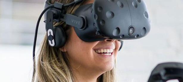 Riccitiello piensa que dispositivos VR todavía no están listos para el mercado