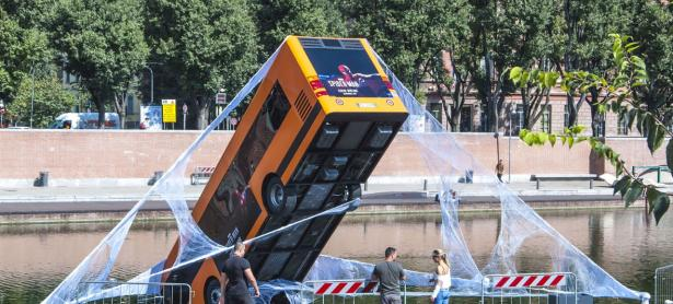 Así es como PlayStation Italia celebró el debut de <em>Marvel's Spider-Man</em>