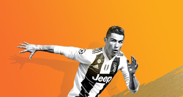 <em>FIFA 19</em>
