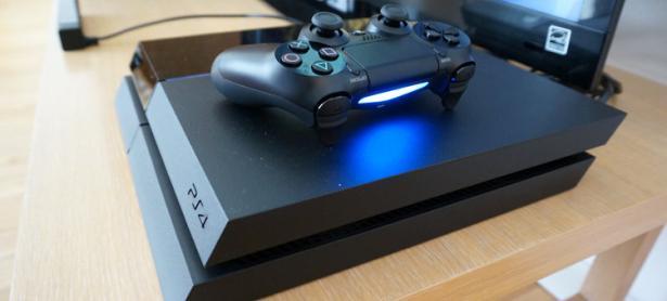 Jugador que vendía PlayStation 4 desbloqueadas es demandado por Sony