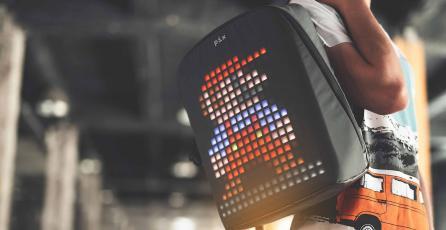 Mochila con LEDS te permite jugar al tetris y proyectar animaciones