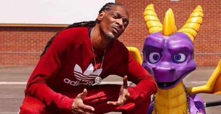 """Snoop Dogg recibió el nuevo juego de Spyro y se lo fue a dejar el mismísimo """"dragón"""""""