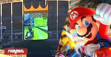 Estaban jugando Mario Kart 8 en un estadio y los descubrió un helicóptero