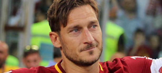 Pronto podrás usar a Francesco Totti en <em>PES 2019</em>