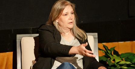 A Amy Hennig le emociona el futuro que promete el streaming de videojuegos