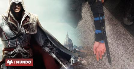 Cual Assassin's Creed: sujeto detenido en Paris por portar las 'hojas ocultas'