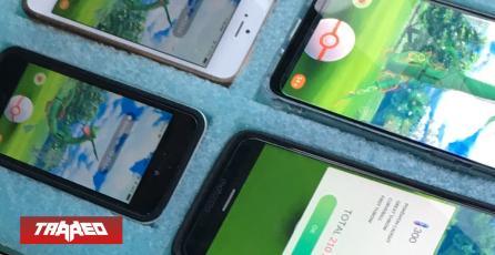 Policía encuentra a fanático jugando Pokémon GO! con 8 teléfonos desde su auto