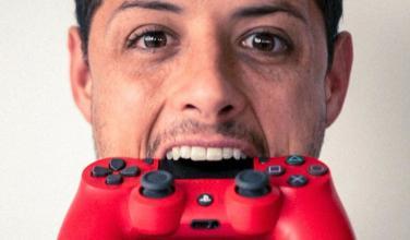 Javier 'Chicharito' Hernández muestra su faceta de gamer y streamer