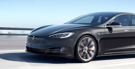 ¿Tienes un Tesla? Ya puedes usarlo para jugar uno de los mejores títulos de 2017