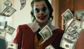 Joker supera a Logan en taquilla