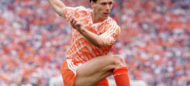 Famoso futbolista es sacado de <em>FIFA 20</em> por hacer un chiste nazi