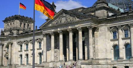 Valve retira contenido nazi de Steam tras petición de autoridades alemanas