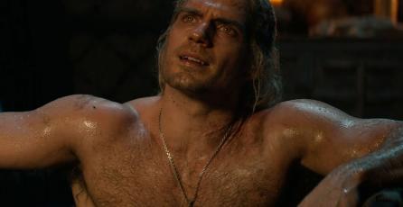 Así sufrió Henry Cavill para hacer la escena de la bañera en <em>The Witcher</em>