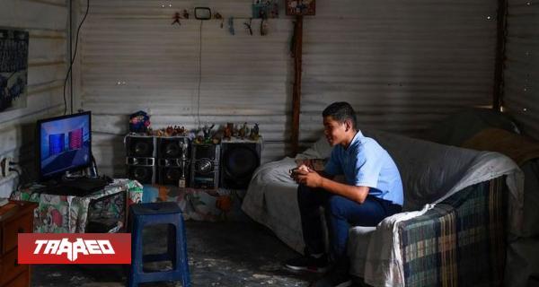 Crísis venezolana: la historia de jovenes que se ganan la vida ''farmeando'' en videojuegos