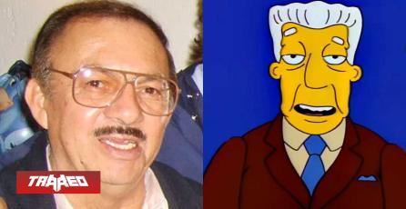Fallece Gonzalo Curiel, el actor de voz de Kent Brockman de Los Simpson