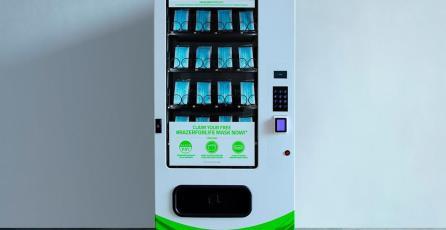 Razer regalará cubrebocas por medio de máquinas expendedoras