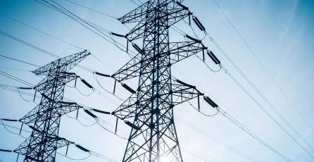 Falla de CFE deja sin luz a mexicanos y provoca errores en operadores como Telcel