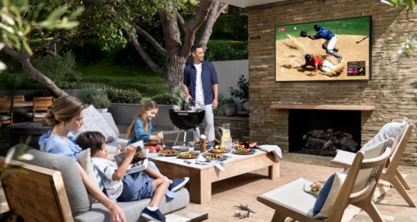 The Terrace es la Smart Tv perfecta para tus exteriores