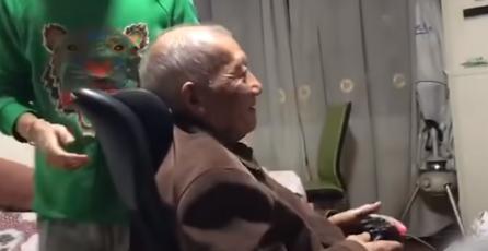 Abuelo de 86 años logra terminar más de 300 juegos y es viral en China