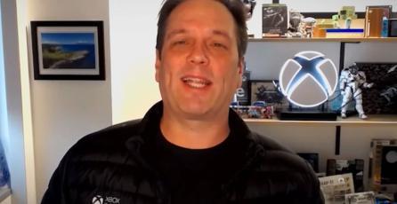 Phil Spencer revela por qué tiene y muestra un Switch en su oficina
