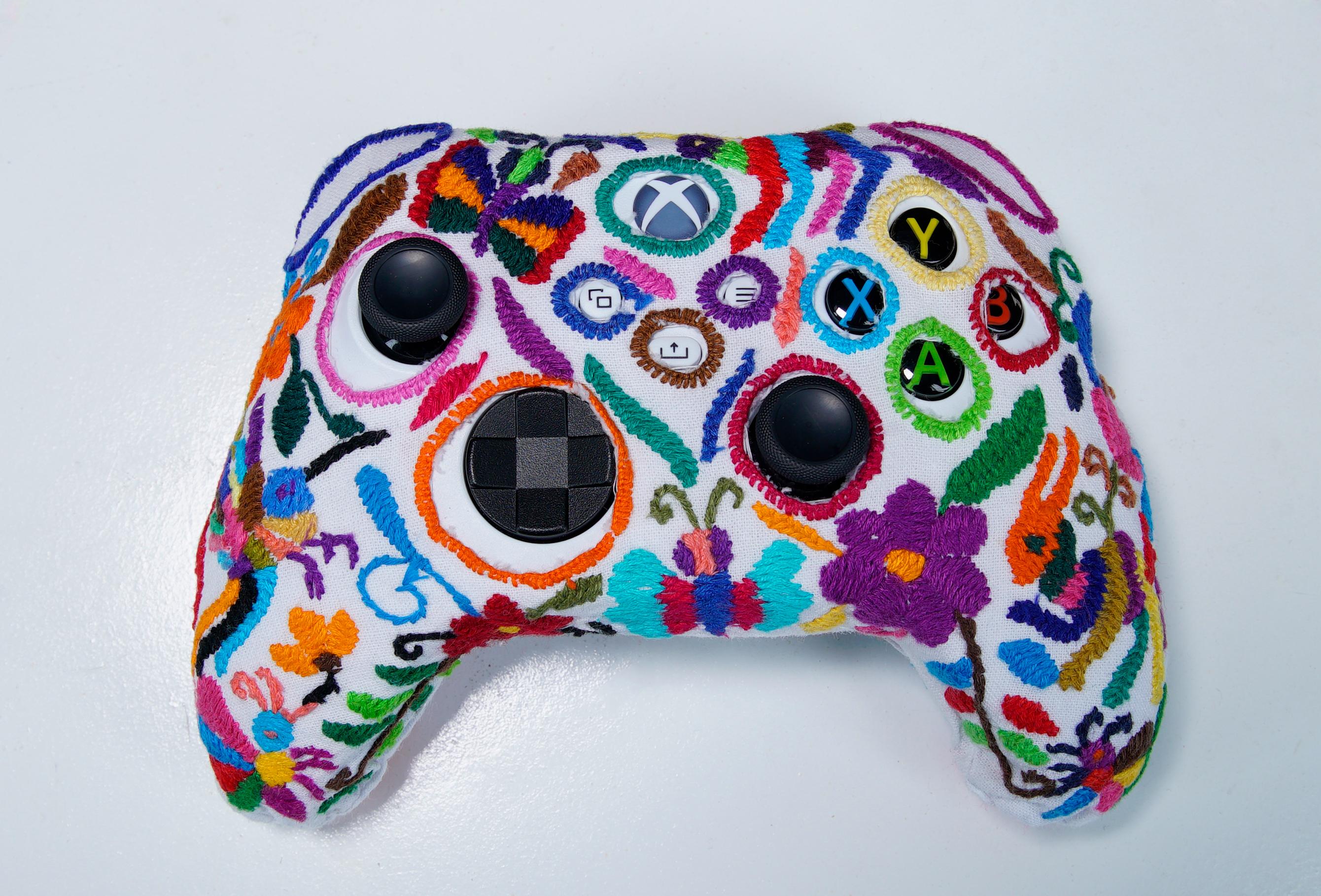 Control de Xbox con arte Tenango