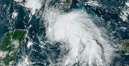 ¡Aterrador! Así fue la caza del huracán Ida en <em>Flight Simulator</em>