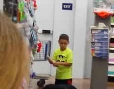 Women fight in supermarket, one seeks help from her son (First Part)