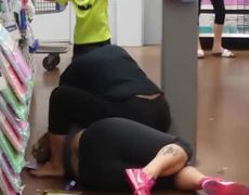 Women fight in supermarket, one seeks help from her son (2nd Part)