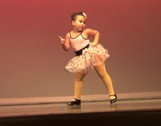 VIRAL: Respect this sassy little dancer
