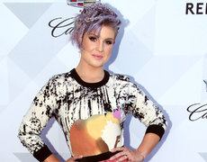 Kelly Osbourne is Our #DonkeyoftheDay