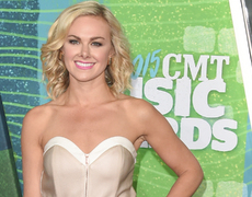 How Laura Bell Bundy Gets Her Style