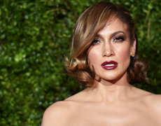 Jennifer Lopez Rocks A New Bob